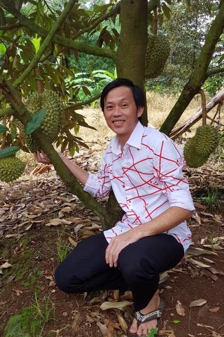 Cuộc sống của Hoài Linh sau khi vắng bóng trên sóng truyền hình-5