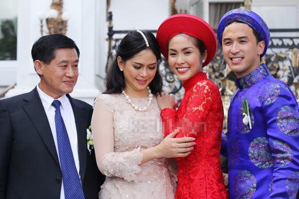 Đọ nhan sắc của Tăng Thanh Hà và mẹ chồng Thủy Tiên-1