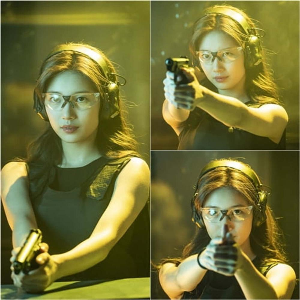 [K-Drama]: Suzy with her cool agent appearance in a new action drama