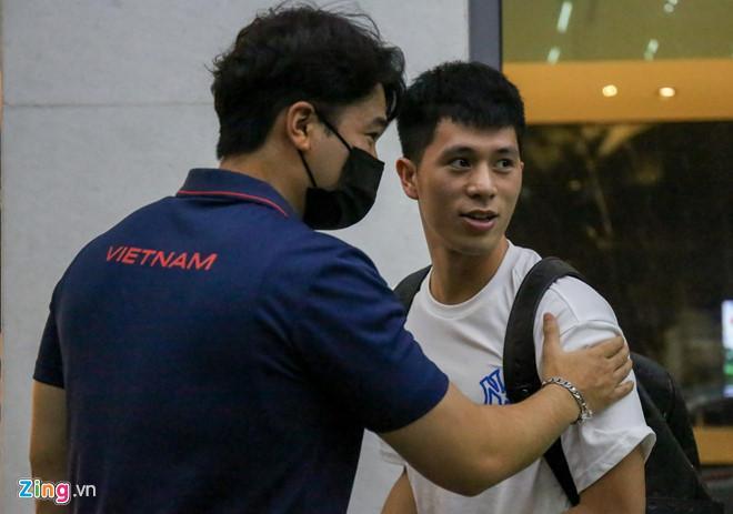 Vừa hội quân, cầu thủ tuyển Việt Nam đã dìm hàng nhau trên mạng-1