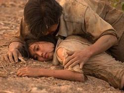 Những cảnh phim ấn tượng của Lan Ngọc trong 'Cánh đồng bất tận'