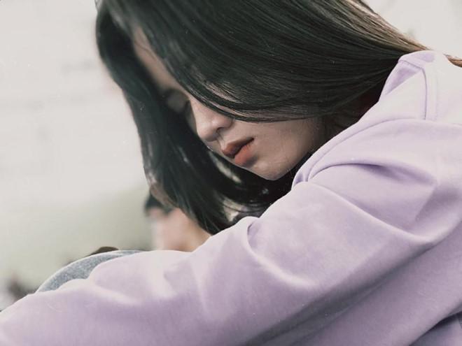 VZN News: Bị chụp lén, 10X phát khóc vì dân mạng chỉ trích diễn sâu-1