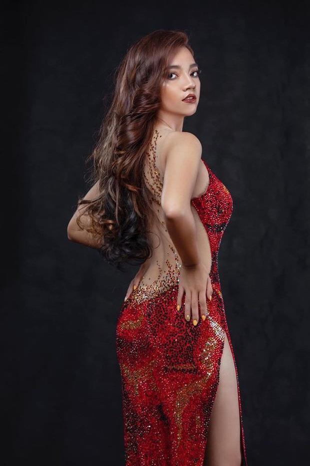 VZN News: Diện váy nhái, thí sinh Hoa hậu Trái Đất Myanmar ngã trên sân khấu-1