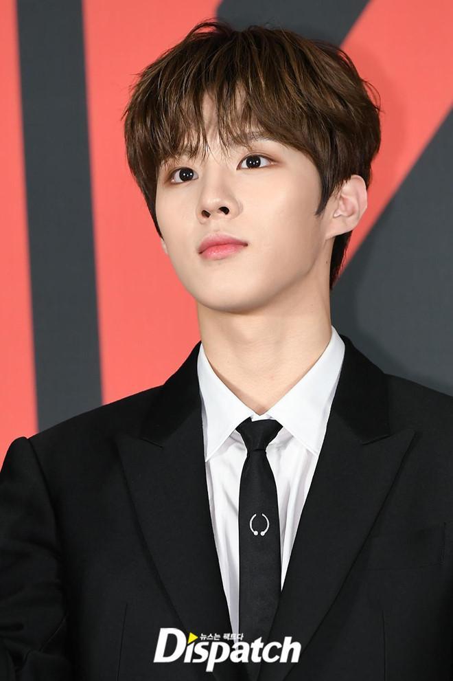 Nhóm nhạc toàn mỹ nam bước ra từ ProduceX101 được chờ đón nhất Kpop-5