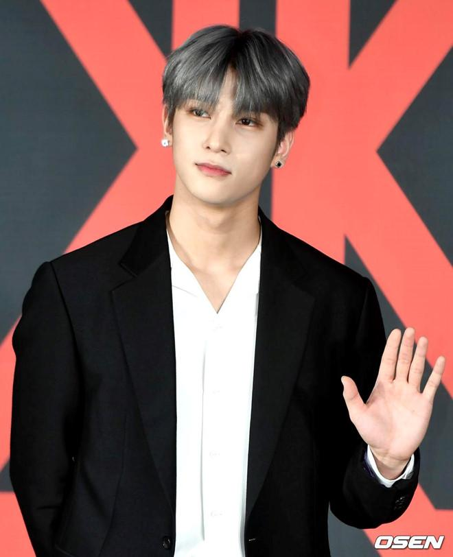 Nhóm nhạc toàn mỹ nam bước ra từ ProduceX101 được chờ đón nhất Kpop-7