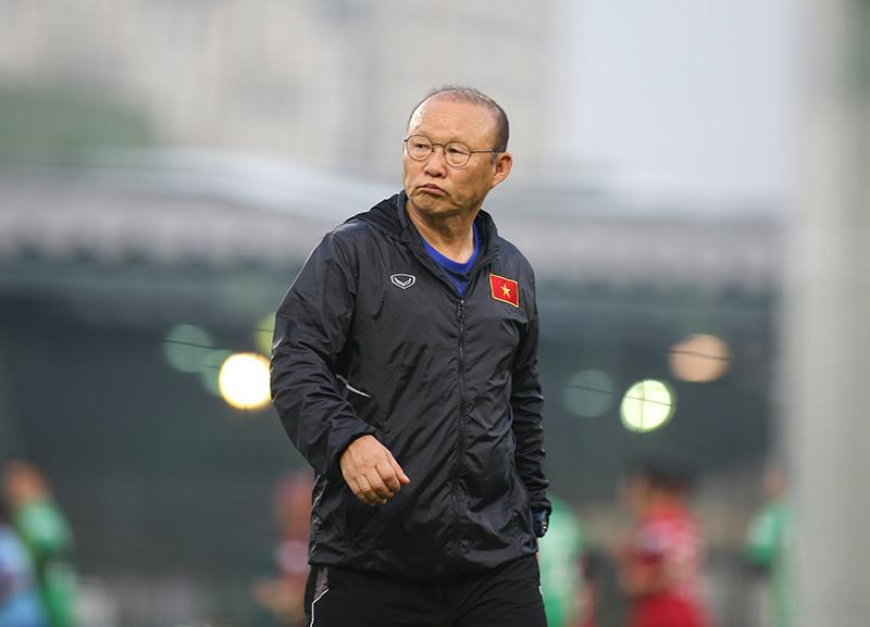Gần ngày so găng với Thái Lan, HLV Park Hang Seo lần đầu tiết lộ việc gia hạn hợp đồng với VFF-1