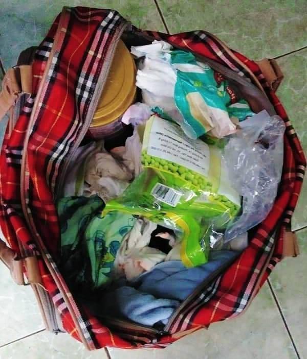 VZN News: Cộng đồng mạng xôn xao khi bé trai 1 tháng tuổi bị bỏ rơi ngoài công viên kèm tờ giấy nhắn Con anh đó, anh Hưng-2