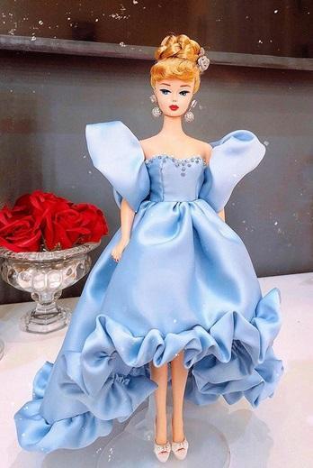 Đào Bá Lộc may từ nội y đến váy hậu cung cho búp bê đẹp ngây người-12