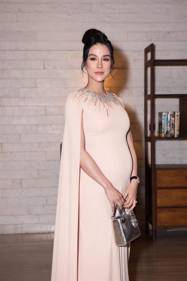 VZN News: Thái cực đối lập của mỹ nhân Việt khi mang bầu: Người giấu bụng cực tài, người chẳng ngại múa cột-5