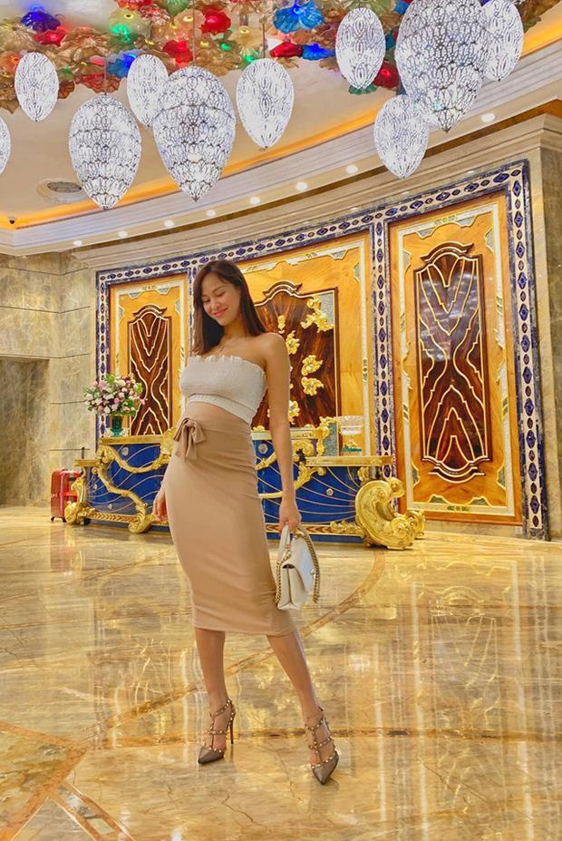 VZN News: Thái cực đối lập của mỹ nhân Việt khi mang bầu: Người giấu bụng cực tài, người chẳng ngại múa cột-7