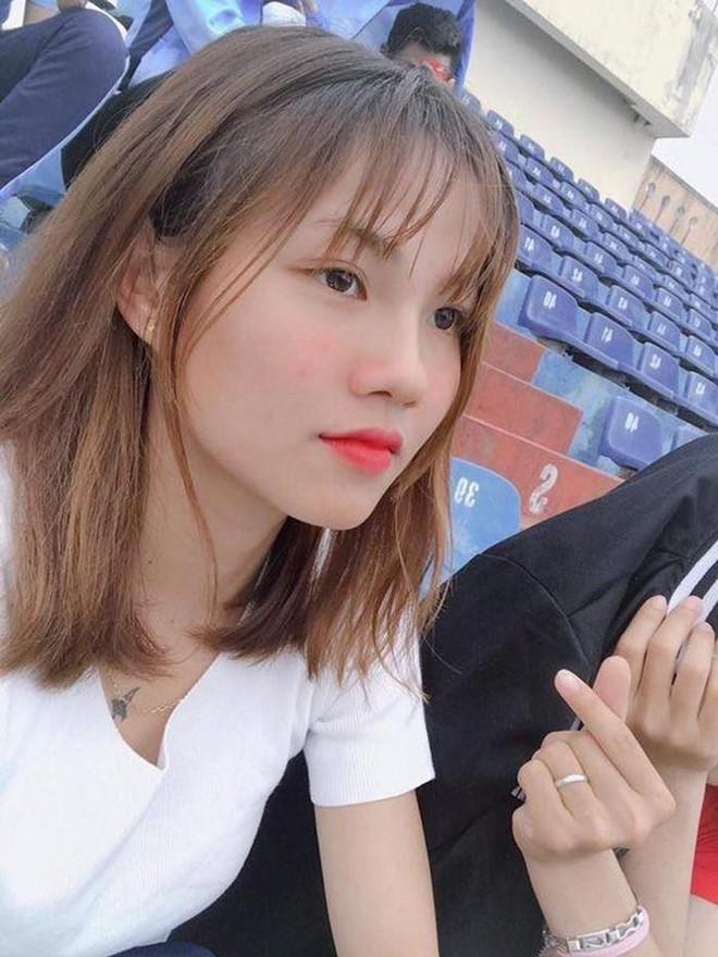 Nữ cầu thủ được dân mạng gọi là hoa khôi đội tuyển Việt Nam-5