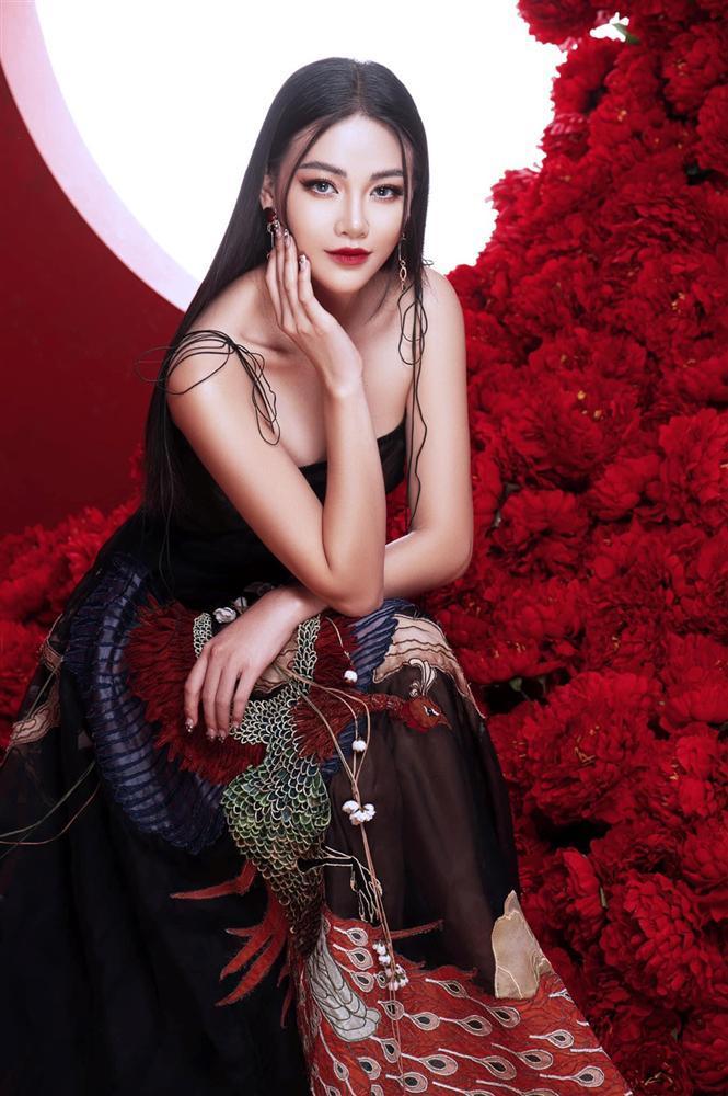 VZN News: Hoa hậu Phương Khánh: Tôi khâm phục HHen Niê vì ý chí và vẻ đẹp lạ-5