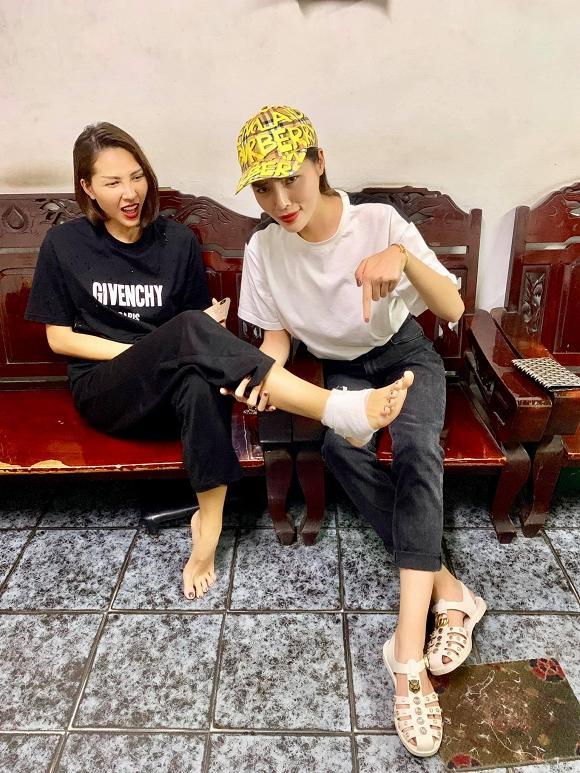 VZN News: Minh Triệu chỉ bị đau chân, Kỳ Duyên đã vội xoa bóp và làm hẳn bài thơ con cóc cho tri kỉ-1