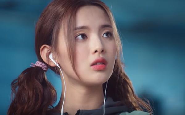 Phim mới của mỹ nữ bất tài Dương Siêu Việt được đánh giá cao-1