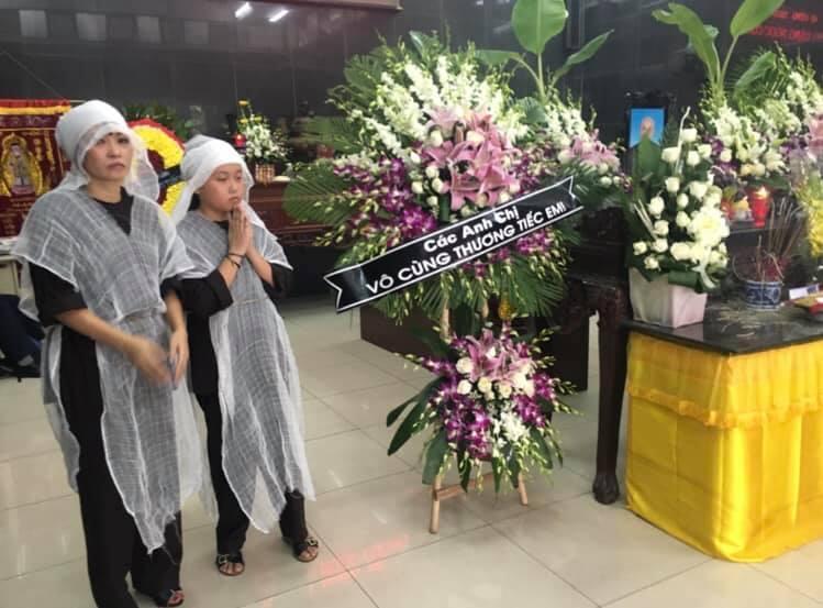 VZN News: Phương Thanh lên tiếng khi bị đồn là người thứ ba, tự may áo tang che mắt công chúng-3