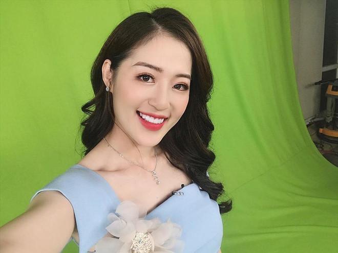 Hotgirl thời tiết và những cô gái nổi bật từ Quảng Ninh-1