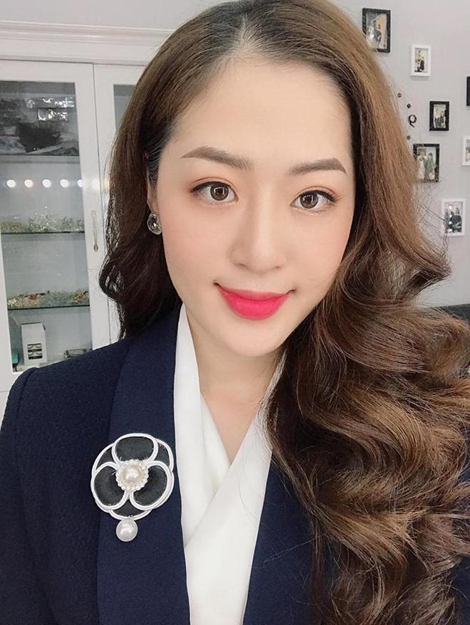 Hotgirl thời tiết và những cô gái nổi bật từ Quảng Ninh-2