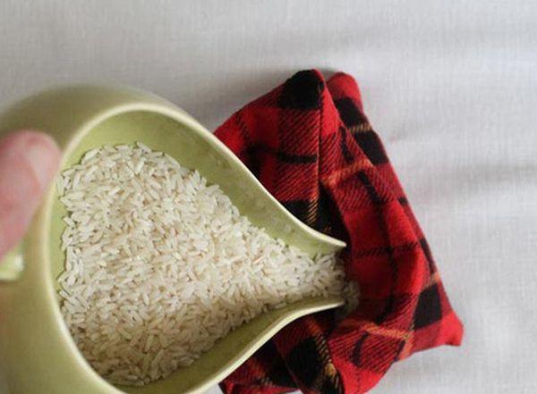 Âm thầm lấy bao lì xì vùi dưới hũ gạo, vợ hốt hoảng gọi chồng ra xem điều đặc biệt-3