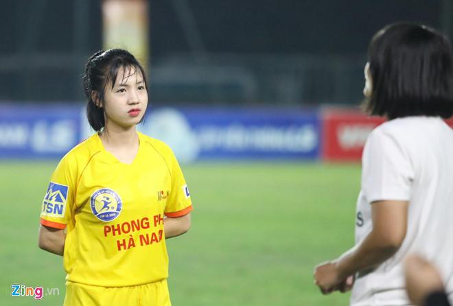 VZN News: Các nữ cầu thủ bóng đá Việt gây thương nhớ nhờ vẻ ngoài xinh xắn-6