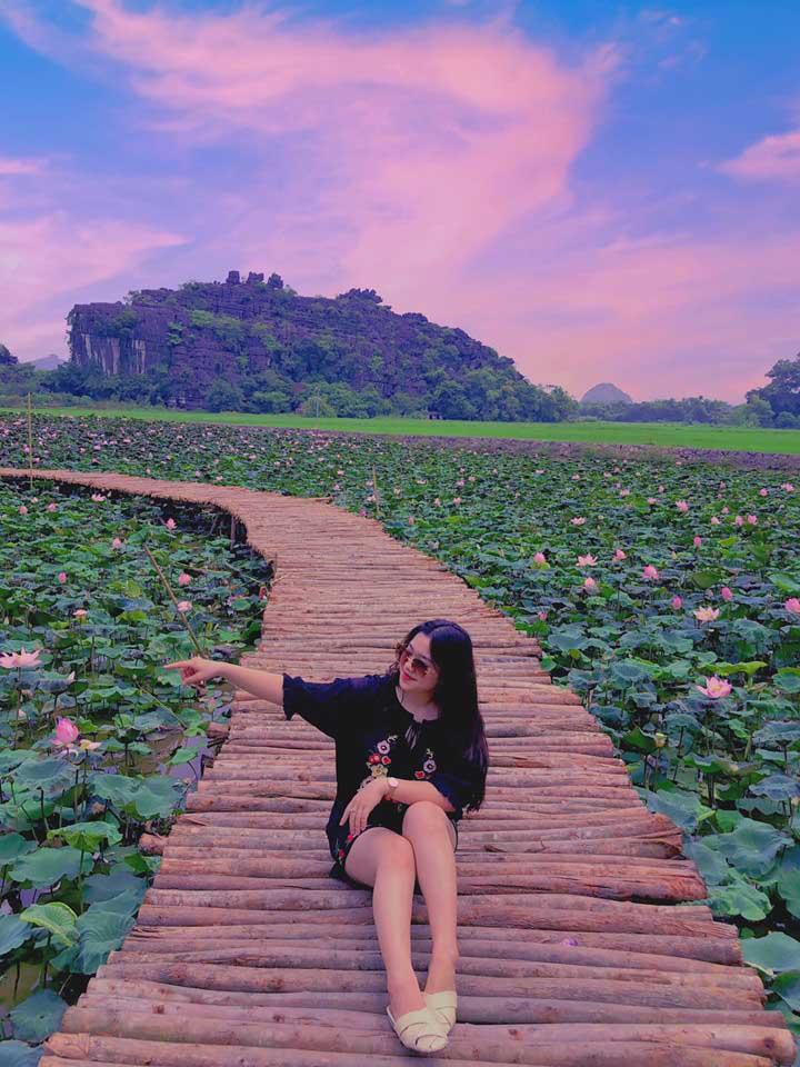 Xuất hiện đầm sen đẹp lạ lùng ở Ninh Bình làm giới trẻ mê mẩn muốn đến check in-5
