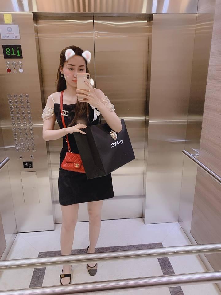 VZN News: Á hậu khổ nhất Việt Nam: Bị chồng đại gia mua núi hàng hiệu và bắt phải dùng-10