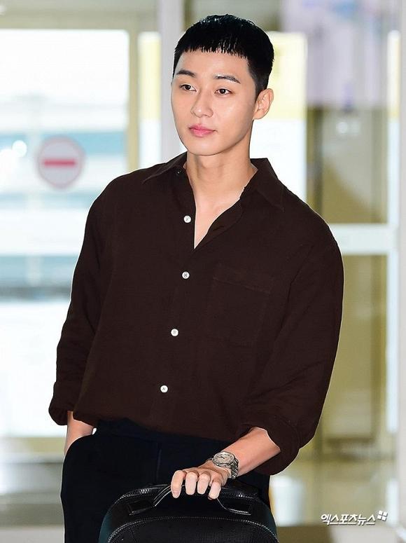 Lột xác với đầu bát úp, Phó Chủ tịch Park Seo Joon vẫn được dân tình khen nức nở-2