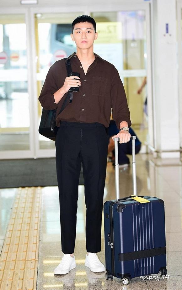 Lột xác với đầu bát úp, Phó Chủ tịch Park Seo Joon vẫn được dân tình khen nức nở-3