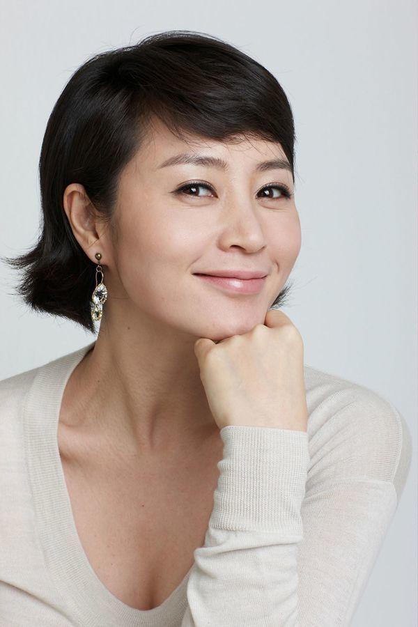 VZN News: Hậu ly hôn Song Joong Ki, Song Hye Kyo bị mất vai trong phim của đạo diễn Vì sao đưa anh tới-1