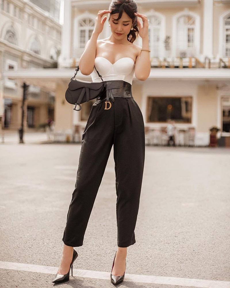STREET STYLE ngày lễ 2/9: Ngọc Trinh phá cách với jeans rách tả tơi, Angela Phương Trinh lại kín đáo bất ngờ-3