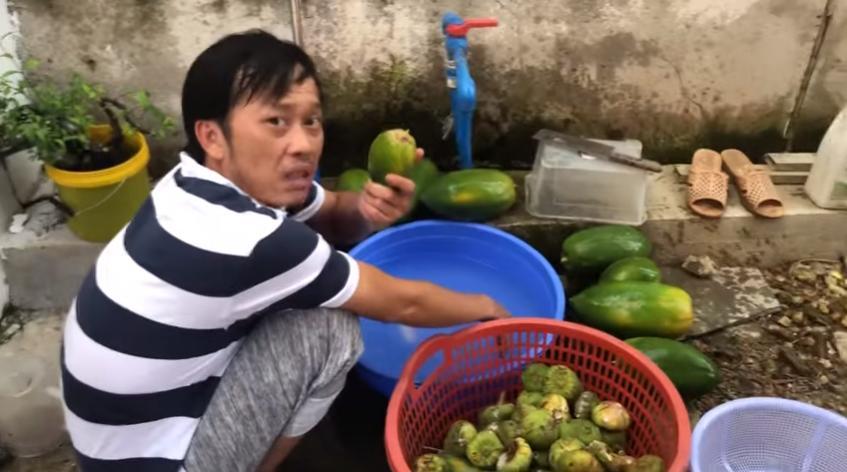 VZN News: Hoài Linh lần đầu bật mí cuộc sống trồng cây hái trái mộc mạc như nông dân thứ thiệt-2