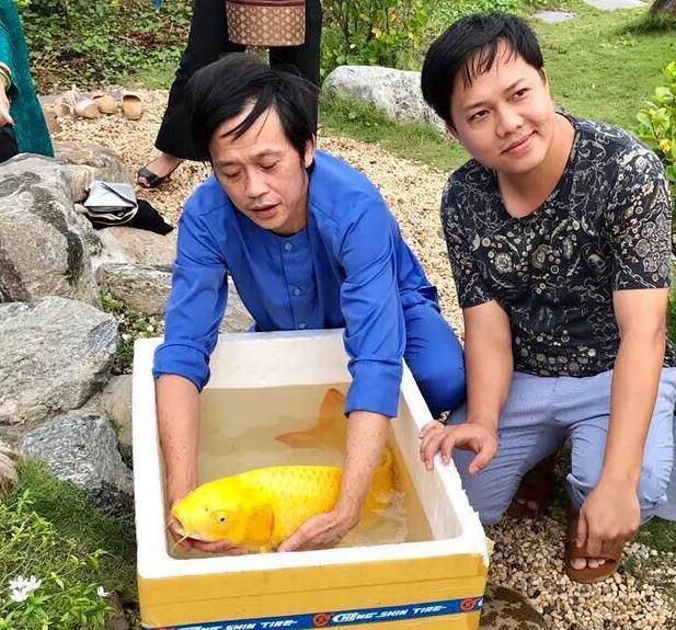 VZN News: Cát Phượng: Hoài Linh nuôi cá, đặt tên là Trường Giang, Chí Tài-2