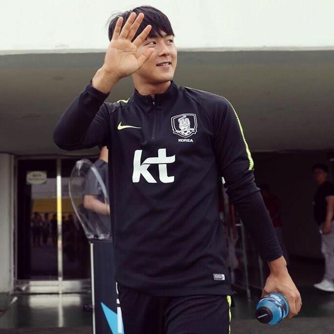 Công Phượng thân thiết với Messi Hàn vừa gia nhập đội bóng Bỉ-3