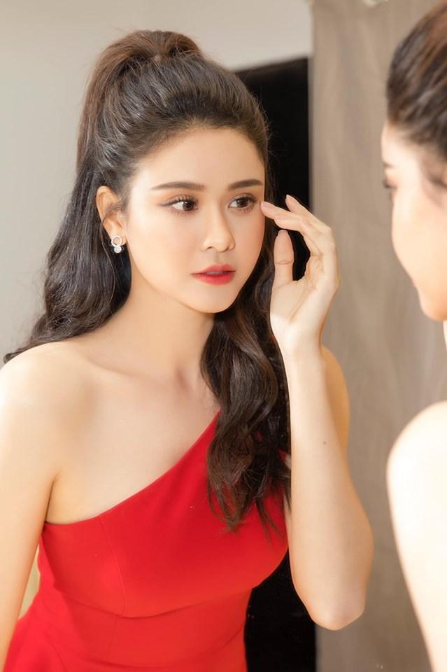 Lý do gì khiến một loạt mẹ đơn thân của showbiz Việt chưa chịu đi thêm bước nữa?-1