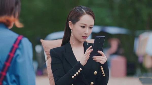 Lần đầu đóng nữ tổng tài, Dương Tử được khen-3