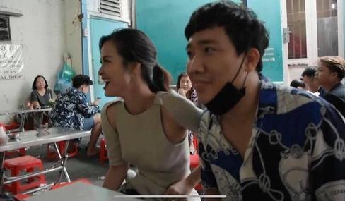 Khoe vẻ đẹp mong manh tựa sương khói nhưng Đàm Thu Trang lại bị lầm tưởng lộ phần nhạy cảm y hệt Đông Nhi-3