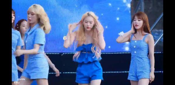 VZN News: Jiho Oh My Girl ngã gục trên sân khấu, công ty chủ quản trở thành tâm điểm chỉ trích của netizen-2