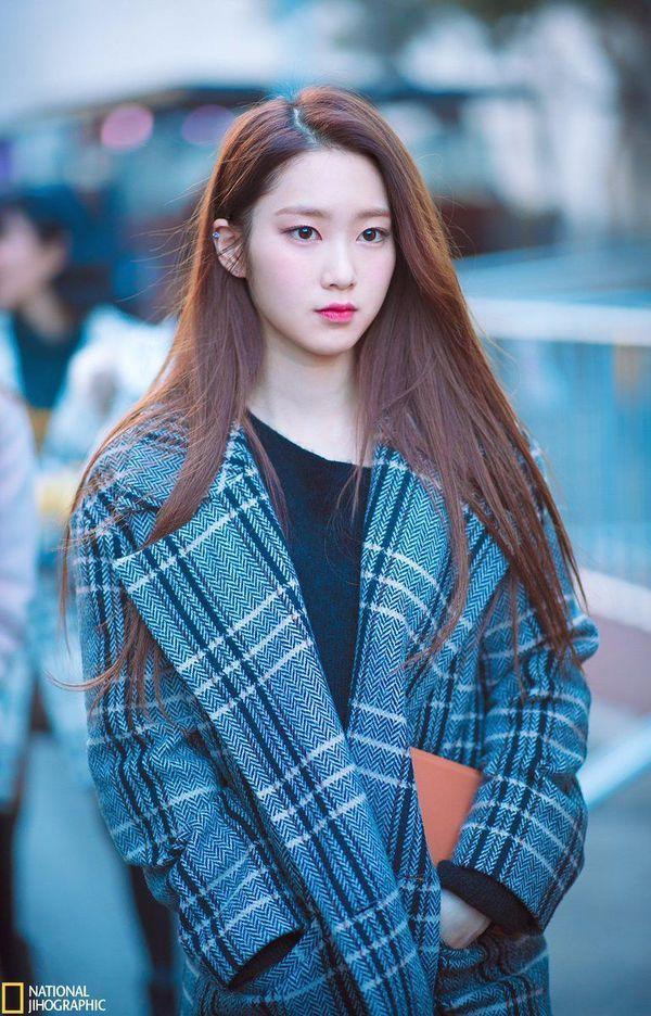 VZN News: Jiho Oh My Girl ngã gục trên sân khấu, công ty chủ quản trở thành tâm điểm chỉ trích của netizen-5