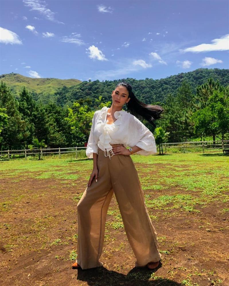 VZN News: Bản tin Hoa hậu Hoàn vũ 1/9: HHen Niê lên đồ neon quá xuất sắc, không ai đọ được phong cách thời trang-6