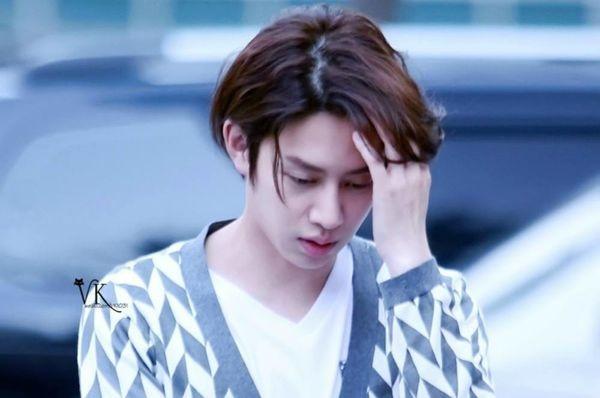 Hậu chấn thương kéo dài, Heechul buộc lòng đóng băng các hoạt động sắp tới cùng Super Junior-1