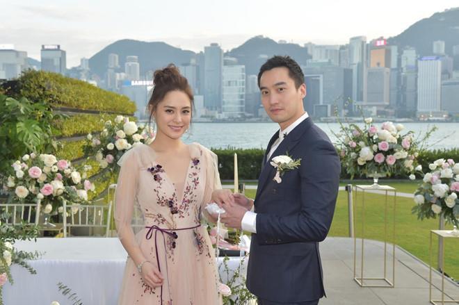 VZN News: Chồng bác sĩ của Chung Hân Đồng bị tố ngoại tình với nhiều hot girl-2