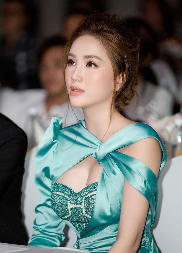 VZN News: Khoảnh khắc Bảo Thy cùng Vương Khang nhảy Audition sau 13 năm với hit Please tell me why-5