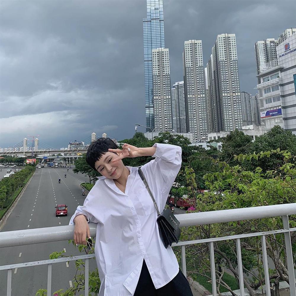 VZN News: Hương Giang xinh đẹp nao lòng, nhan sắc lấn lướt cả dàn gái chuẩn-8