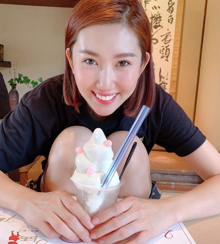 VZN News: Hương Giang xinh đẹp nao lòng, nhan sắc lấn lướt cả dàn gái chuẩn-10