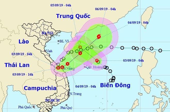 Áp thấp nhiệt đới vào đất liền, miền Trung mưa lớn-1