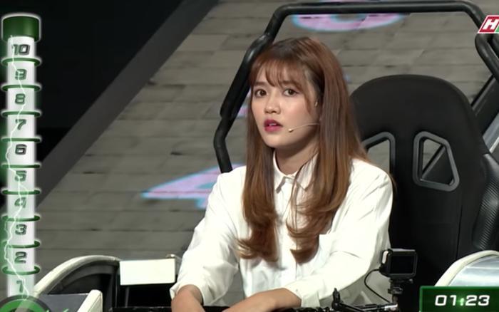 Dàn mỹ nhân Việt bị chê IQ thấp, mặt đẹp mà kiến thức hạn hẹp khi đấu trí trên ghế Nhanh Như Chớp-2
