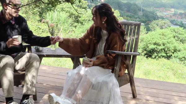 Vlog cưới của con gái Minh Nhựa vừa ra mắt hút ngay 600 nghìn lượt xem, ai cũng xuýt xoa bởi độ hoành tráng-5