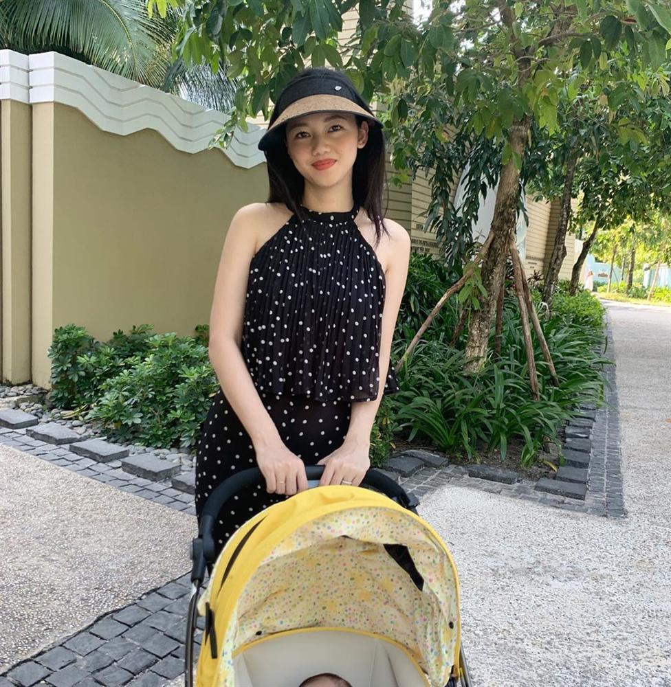 Hoa hậu Đặng Thu Thảo tự nhận mình tướng học sinh, mặt phụ huynh-11