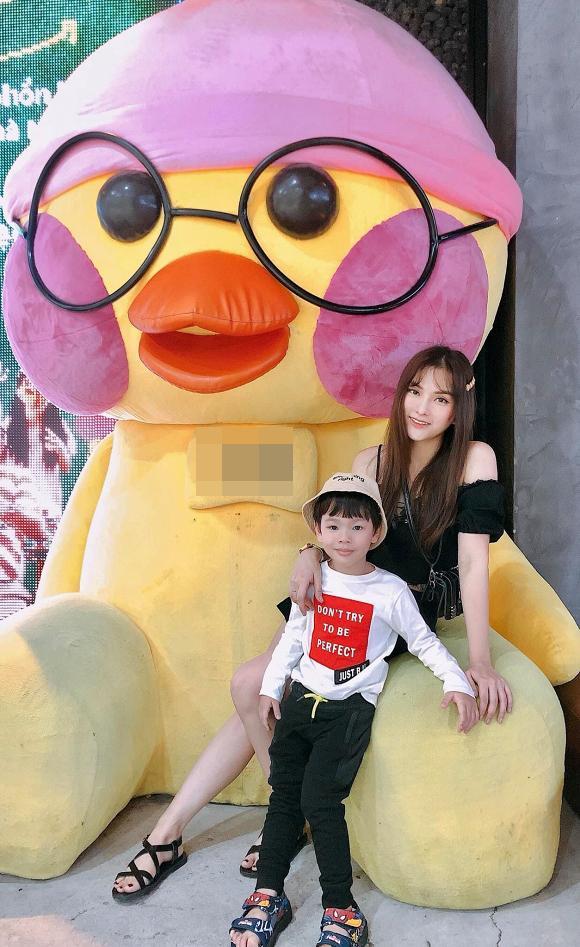 VZN News: Thu Thủy chọn cách tảng lờ khi được hỏi về chồng trẻ sau scandal bạo hành con riêng-2