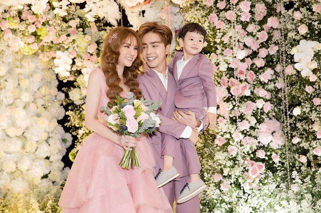 VZN News: Thu Thủy chọn cách tảng lờ khi được hỏi về chồng trẻ sau scandal bạo hành con riêng-5