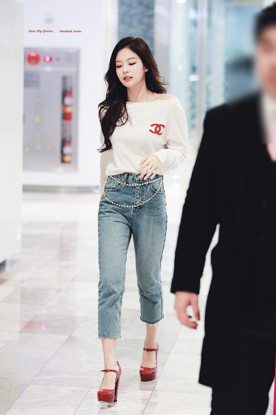 Jennie đang nổi tiếng nhất Hàn Quốc, từng diện set đồ tới 40.000 USD-10